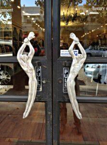 door-of-the-day-doorknob-labels