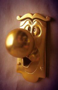 the-door-knob-9
