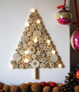 9b411dc8ca6 DIY rboles de Navidad Pegados en la Pared.  DIY rboles de Navidad Pegados en la Pared. arbol-troncos-navidad-pared